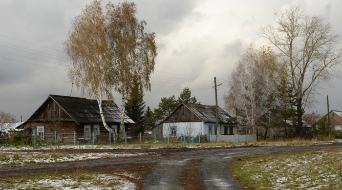 Putin is offering 2.5 acres of land for free to people willing to move to the country's Siberian ...