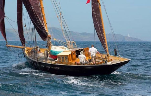 Across Biscay, a family cruise – Yachting World
