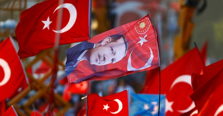 Erdogan Seizes Failed Coup in Turkey as a Chance to Supplant Ataturk – The New York Times