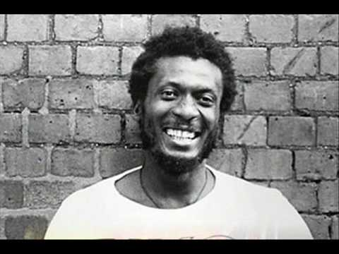 Jimmy Cliff – Many Rivers To Cross – YouTube