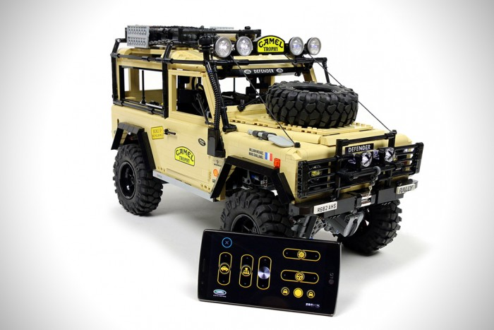 Lego RC Land Rover Defender 90 | HiConsumption