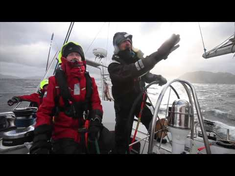 Skip Novak Storm Sailing Part 4: Heaving to – YouTube