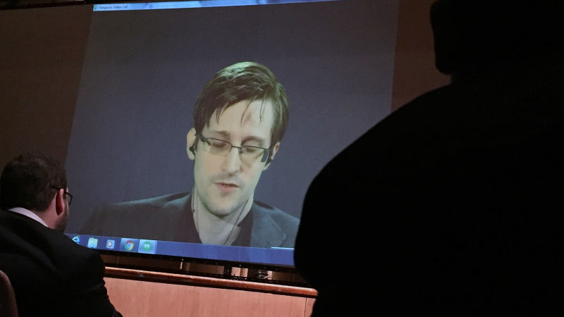 New clip from the Snowden movie shows how easy it is for the NSA to spy on us