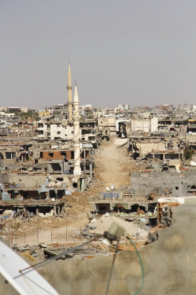 "Turkey Untold on Twitter: ""Kurdish town of #Nusaybin in ruins after Turkish forces destroy ..."
