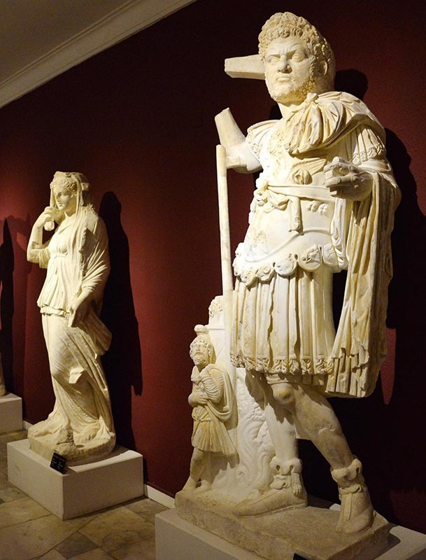 World's only single-piece 2nd century Caracalla statue discovered in southern Turkey &#821 ...