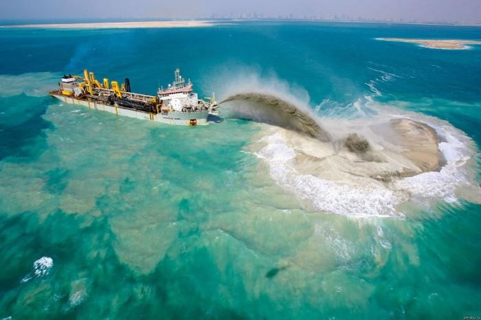 Creating the Palm Islands in Dubai