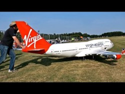 NEW BIGGEST RC AIRPLANE IN THE WORLD BOEING 747-400 VIRGIN ATLANTIC AIRLINER – YouTube