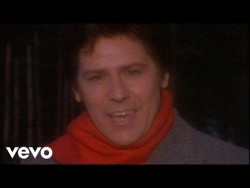 Shakin' Stevens – Merry Christmas Everyone – YouTube