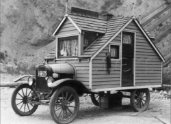 Mobile Living of the Past – Check Out these Unique Antique Motorhomes | Homestead Guru