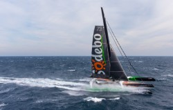 Thomas Coville sets incredible new 49-day solo round the world record