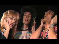 Queen – Somebody To Love (Official Video) – YouTube