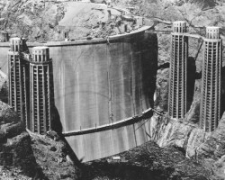 Hoover dam before it was flooded
