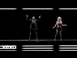 will.i.am – Scream & Shout ft. Britney Spears – YouTube
