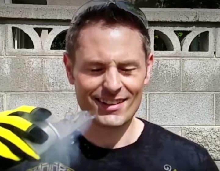 Watch What Happens When This Guy Throws Liquid Nitrogen Into His Own Face!