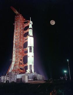 "Saturn V rocket and its ""destination"" in one shot"
