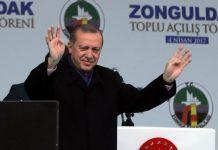 7 arrested for 'insulting' President Erdoğan during referendum protest | Turkish Minute