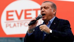 How Erdogan uses Turkey's mosques to push 'yes' vote