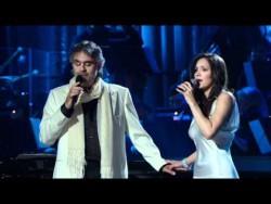 Andrea Bocelli and Katharine Mcphee – The prayer (Live 2008) HD – YouTube