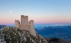 Italy Is Giving Away Old Castles For Free, And Here's How You Can Get One | Bored Panda
