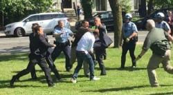 Reactions mount to assault of Erdoğan protestors by Turkish security | Turkish Minute