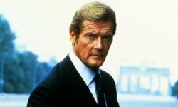 Roger Moore –Saint, Persuaderand the suavest James Bond –dies aged 89 | Film | The Guardian