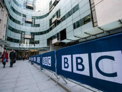 The BBC is worryingly close to becoming an arm of the Government, says its own former chair | Th ...