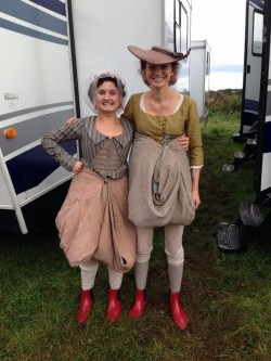 I wondered how they kept those dresses out of the Cornish mud when filming :)