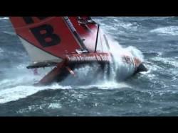 L'Imoca 60 PRB dans la tempête – YouTube