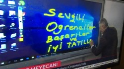 Turkey's PM struggles to write correctly