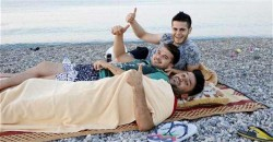 Locals, tourists sleep by sea due to soaring temperatures, humidity in Turkish resort Antalya &# ...