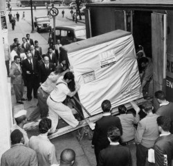5mb IBM hard drive (1956)