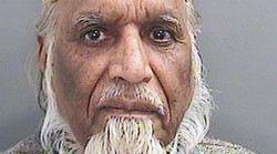 81yo imam jailed for sexually assaulting girls in Welsh mosque — RT UK
