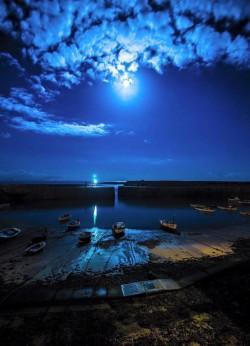 Mousehole in Moonlight