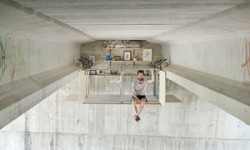 Parasite architecture: inside the self-built studio hanging under a bridge in Valencia | Cities  ...