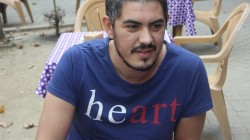 Man in 'heart' T-shirt briefly detained following false tip-off over 'hero&#82 ...