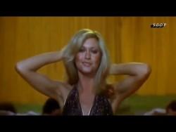 Olivia Newton John Xanadu Original Version Remastered HD (1980) – YouTube