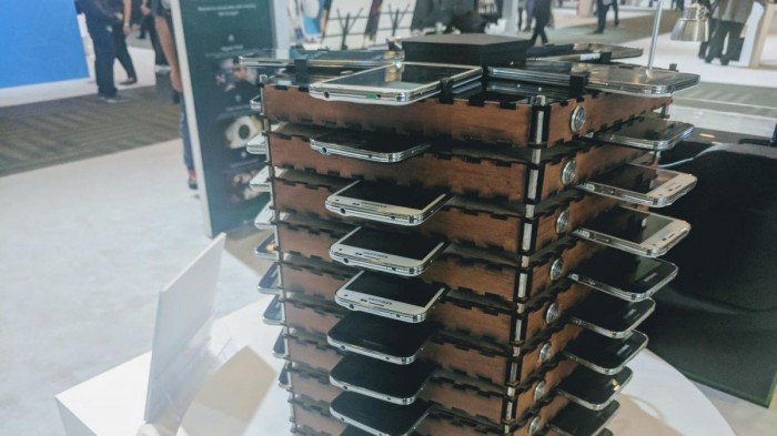 You Can Collect Bitcoins Using Samsung's Mining Rig Made From 40 Old Galaxy Smartphones