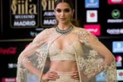 Indian politician offers $1.5m bounty for beheading of top Bollywood star Deepika Paukone | The  ...