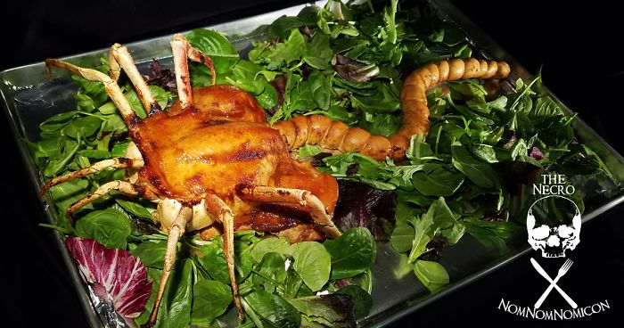 "Woman Makes Edible Roasted Alien Facehugger, And Now She's ""Not Allowed To Make It For Thanksgiv ..."