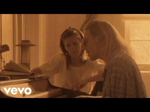 Boy Meets Girl – Waiting for a Star to Fall – YouTube
