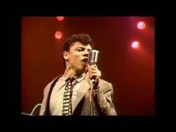 Dan Hartman + I Can Dream About You [Movie Version] – YouTube