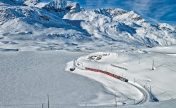 Highlights with Train, Bus and Boat   Switzerland Tourism