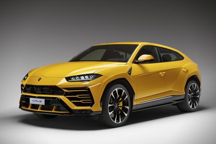 2019 Lamborghini Urus | HiConsumption