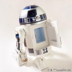 R2-D2 Moving Refrigerator | Tokyo Otaku Mode