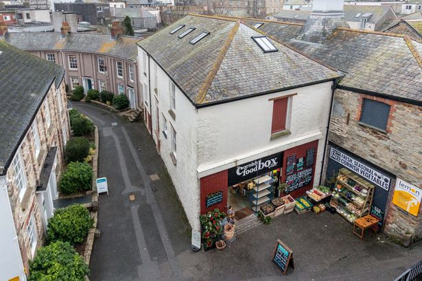 The historic Truro street which slaves, lions and coffin-dwelling partygoers have called home &# ...