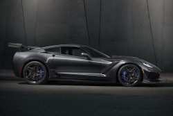 2019 Chevrolet Corvette ZR1 | HiConsumption