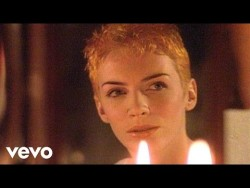 Eurythmics – Here Comes The Rain Again (Remastered) – YouTube