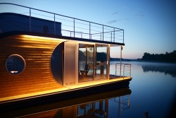 Nautilus Houseboats | HiConsumption