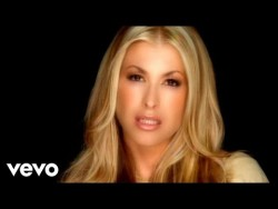 Anastacia – Left Outside Alone – YouTube