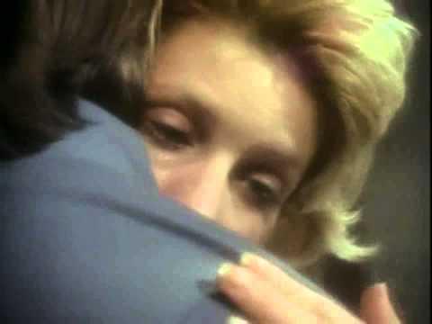 Ultravox – Dancing With Tears in My Eyes – YouTube